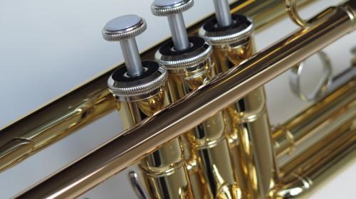 Trompette Sib Yamaha YTR 2330 (2)