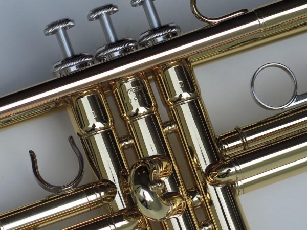Trompette Sib Yamaha YTR 2330 (3)