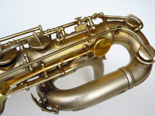 Sax baryton Conn 12M plaqué or (14)