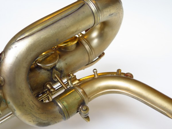 Sax baryton Conn 12M plaqué or (16)