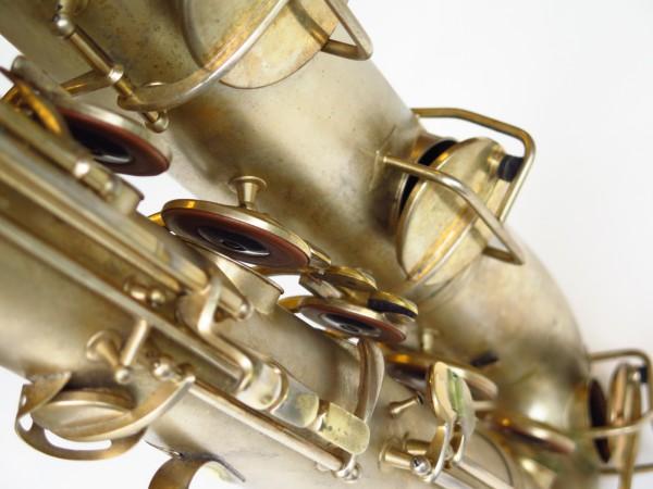 Sax baryton Conn 12M plaqué or (4)