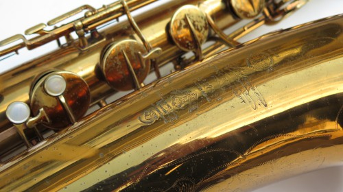 Saxophone baryton Selmer super verni (1)