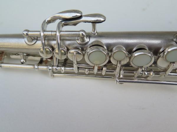 Saxophone soprano en ut the dictator conn stencil (10)