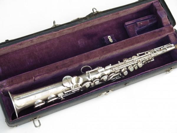 Saxophone soprano en ut the dictator conn stencil (13)