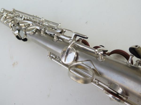 Saxophone soprano en ut the dictator conn stencil (3)