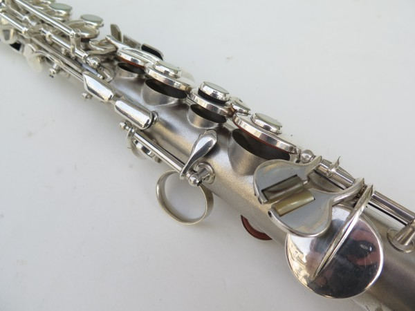 Saxophone soprano en ut the dictator conn stencil (7)