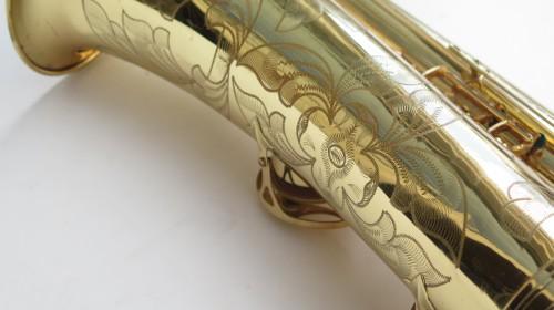 Saxophone baryton Selmer Mark 6 verni gravé (1)