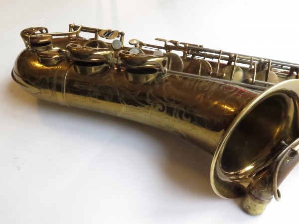 Saxophone ténor Selmer Balanced Action verni gravé (13)