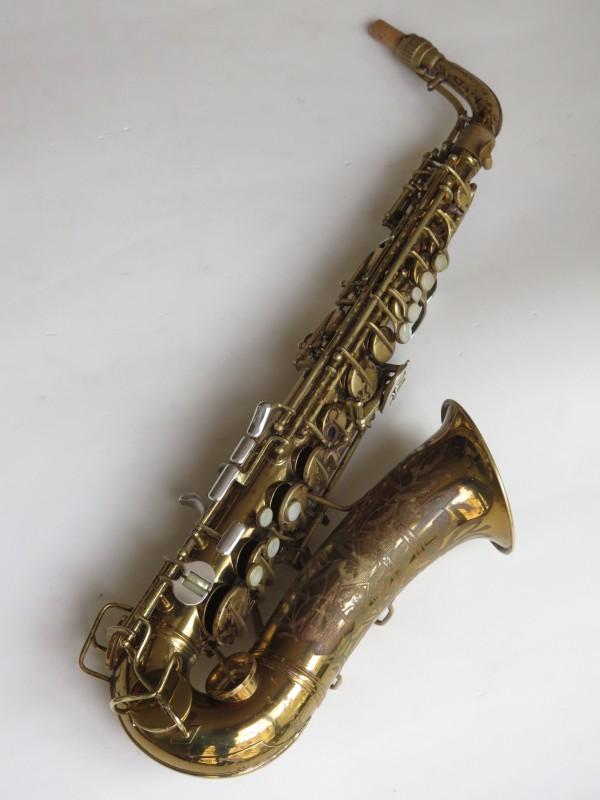 Saxophone alto Conn 26 M Connqueror verni (18)