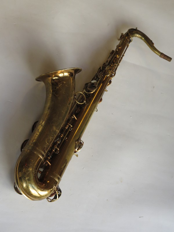 Saxophone ténor Selmer Balanced action verni gravé (18)