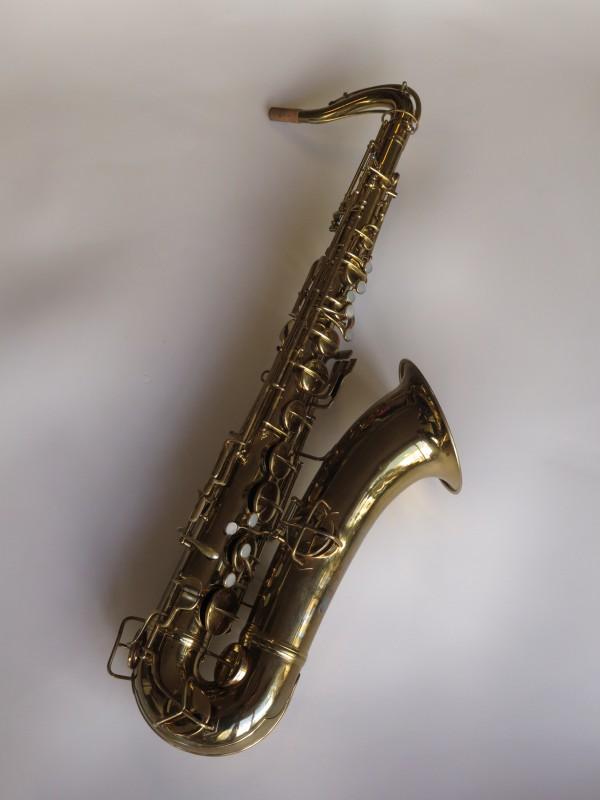 Saxophone ténor Conn Chu Berry verni (8)