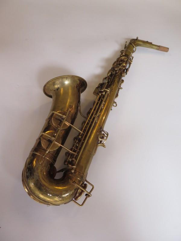 Saxophone alto Selmer Super verni (14)