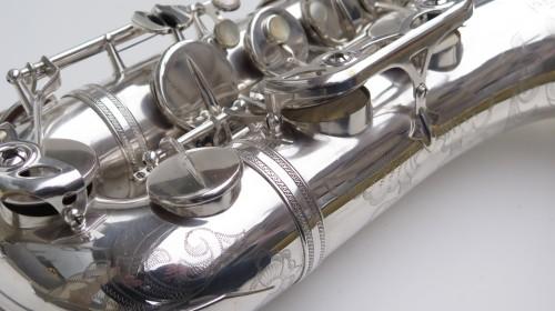 Saxophone ténor Selmer Mark 6 argenté gravé plaqué or (1)
