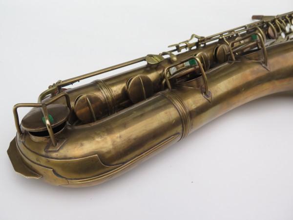Saxophone baryton Conn 12M verni (10)