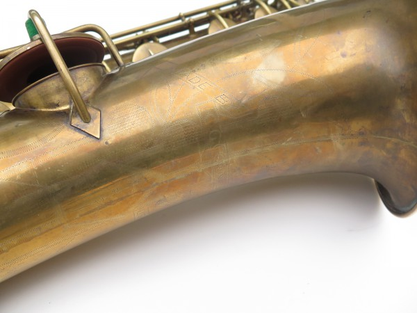 Saxophone baryton Conn 12M verni (11)