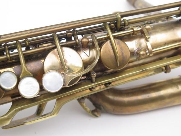 Saxophone baryton Conn 12M verni (14)