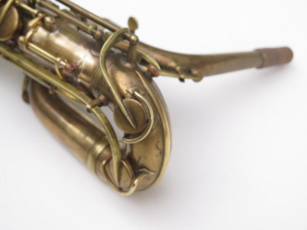 Saxophone baryton Conn 12M verni (16)