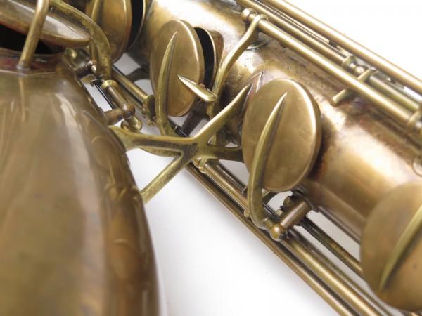 Saxophone baryton Conn 12M verni (17)