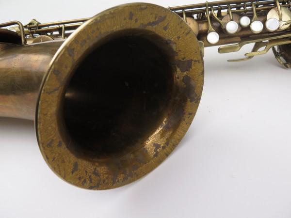 Saxophone baryton Conn 12M verni (8)