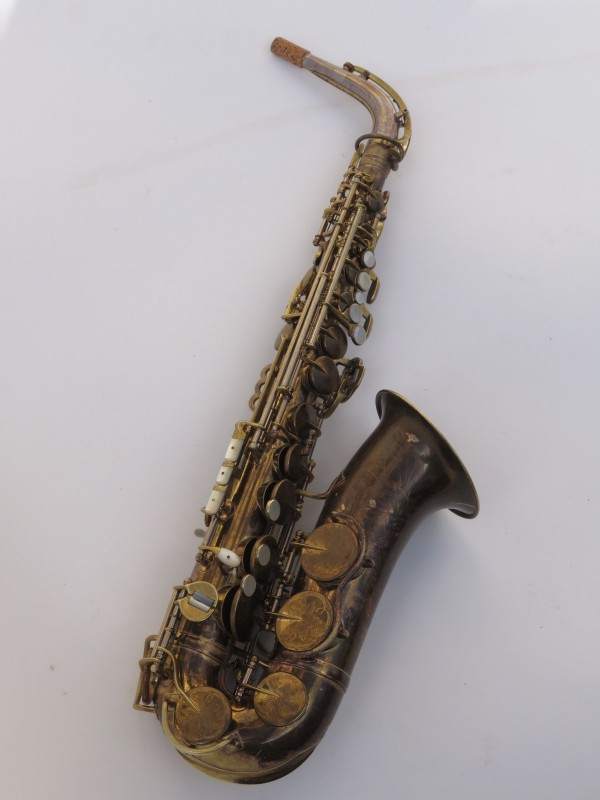 Saxophone alto King Zephyr Special verni gravé (8)