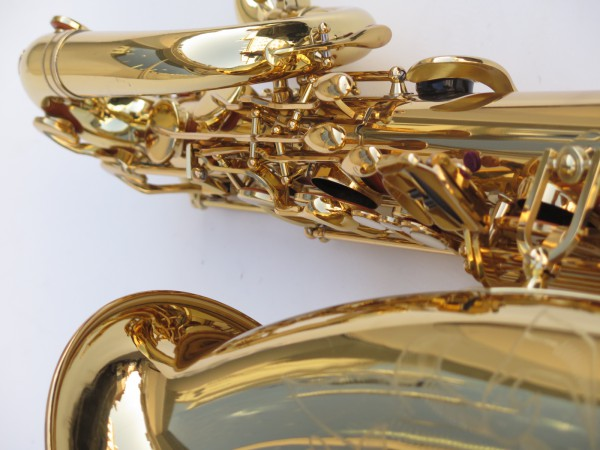 Saxophone baryton Yamaha YBS 62 verni gravé (4)