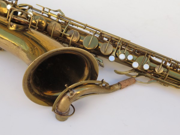 Saxophone ténor Conn transitionnel verni gravé (1)