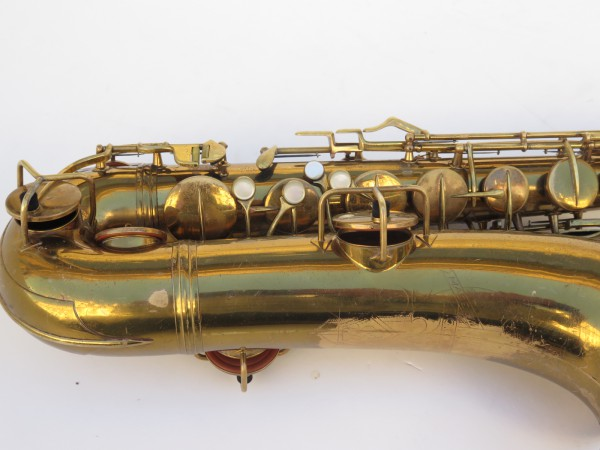 Saxophone ténor Conn transitionnel verni gravé (2)