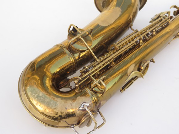 Saxophone ténor Conn transitionnel verni gravé (5)