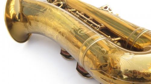 Saxophone ténor Selmer balanced action verni gravé (1)