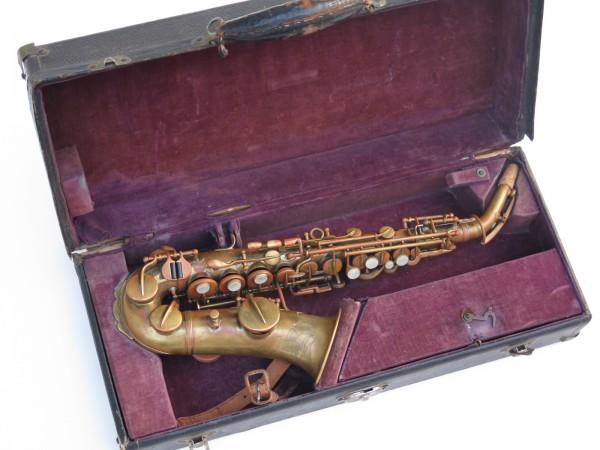Saxophone soprano courbe Buescher (1)