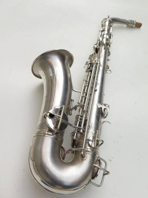 Saxophone alto Conn Chu Berry argenté sablé (16)
