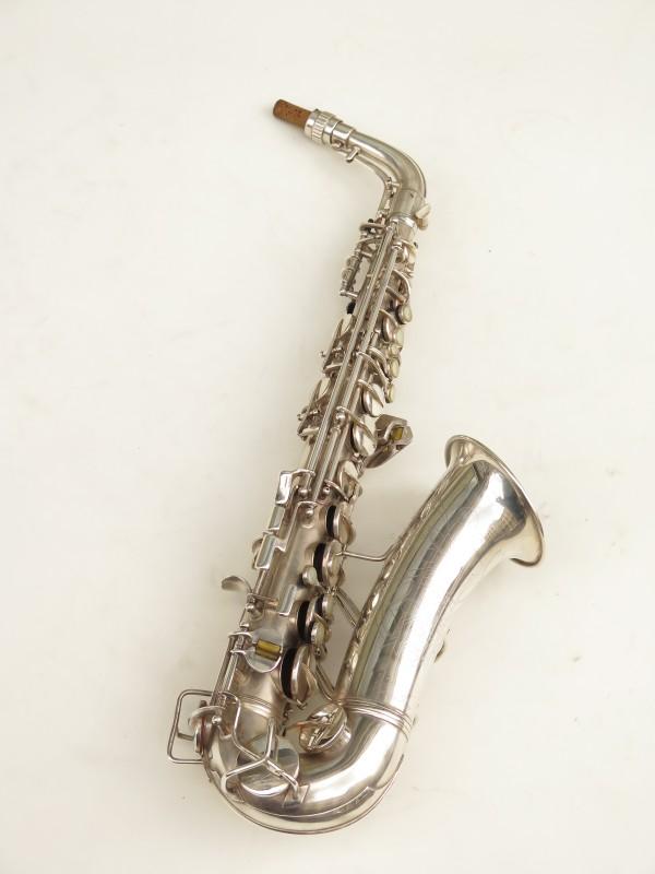 Saxophone alto Conn 6M 8 US Army argenté sablé ladyface (14)