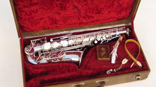 Saxophone alto Selmer Super Balanced Action argenté gravé (1)