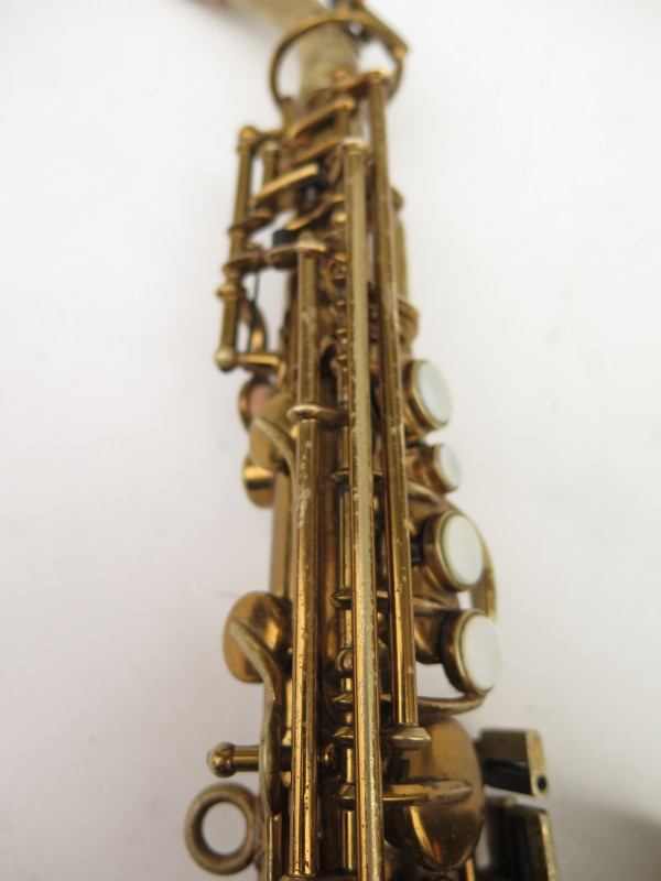 Saxophone soprano courbe Buescher True Tone verni (20)