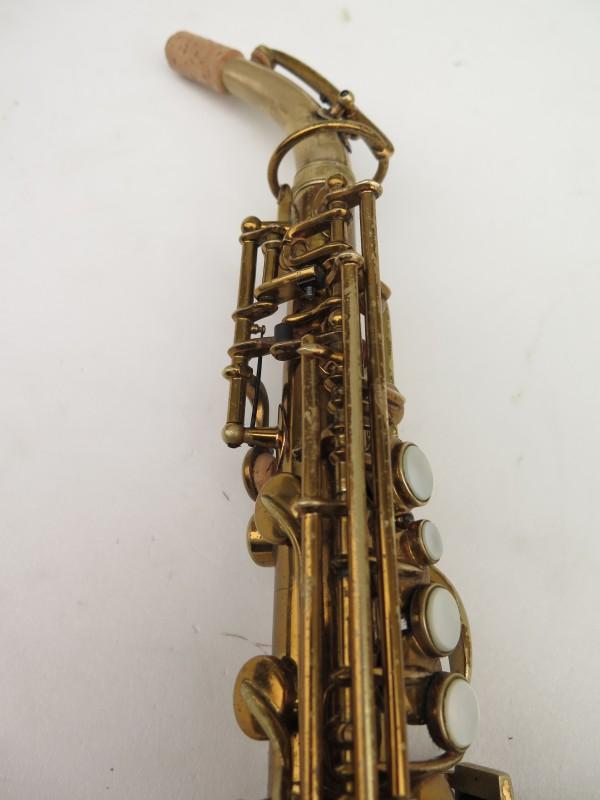 Saxophone soprano courbe Buescher True Tone verni (21)