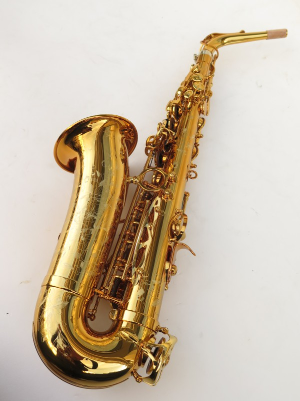 Saxophone alto Selmer Supreme verni gravé (9)