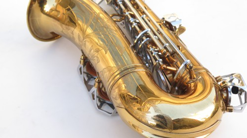 Saxophone alto Dolnet verni gravé (1)