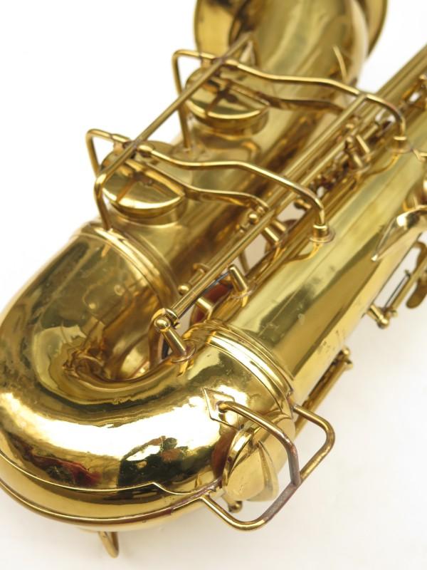 Saxophone ténor Conn 10 verni gravé ladyface (12)
