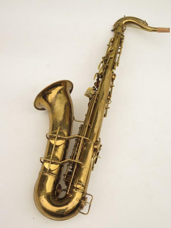 Saxophone ténor Conn transitionnel 10M verni gravé ladyface (18)
