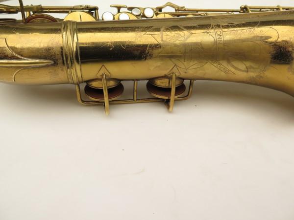 Saxophone ténor Conn transitionnel 10M verni gravé ladyface (5)