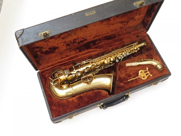 Saxophone alto Conn Chu Berry plaqué or ladyface (11)