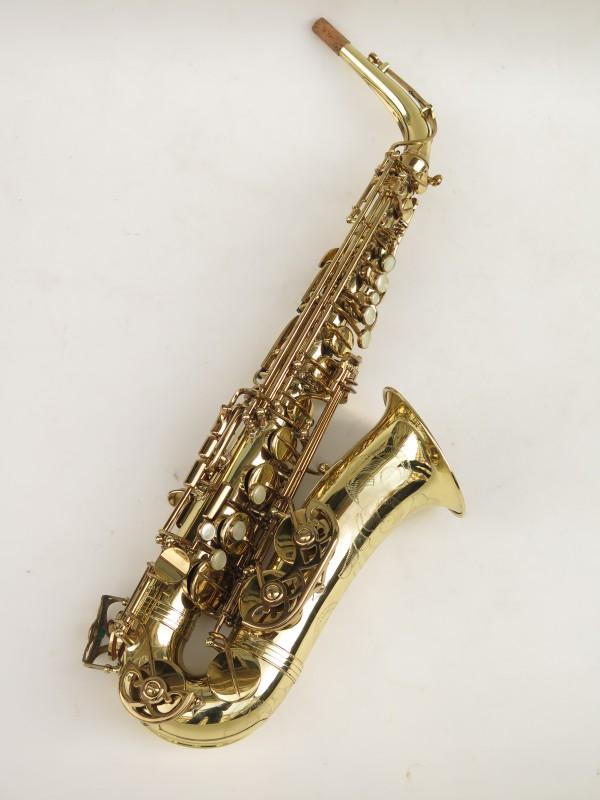 Saxophone alto Buffet Crampon S1 verni gravé (4)