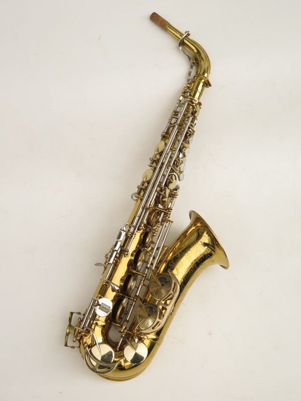 Saxophone alto King Super 20 verni gravé (9)